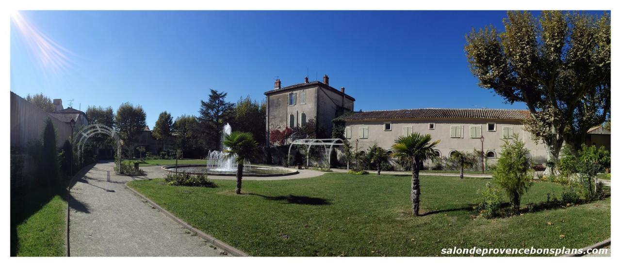 Retrouvez les photos de salon de provence - Parc salon de provence ...