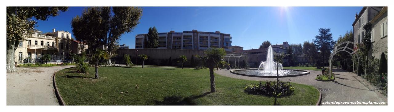 parc-de-la-légion-d'honneur-salon-de-provence
