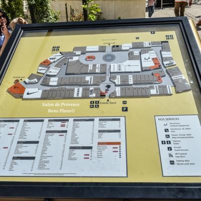 Village de marques miramas for Incendie salon de provence