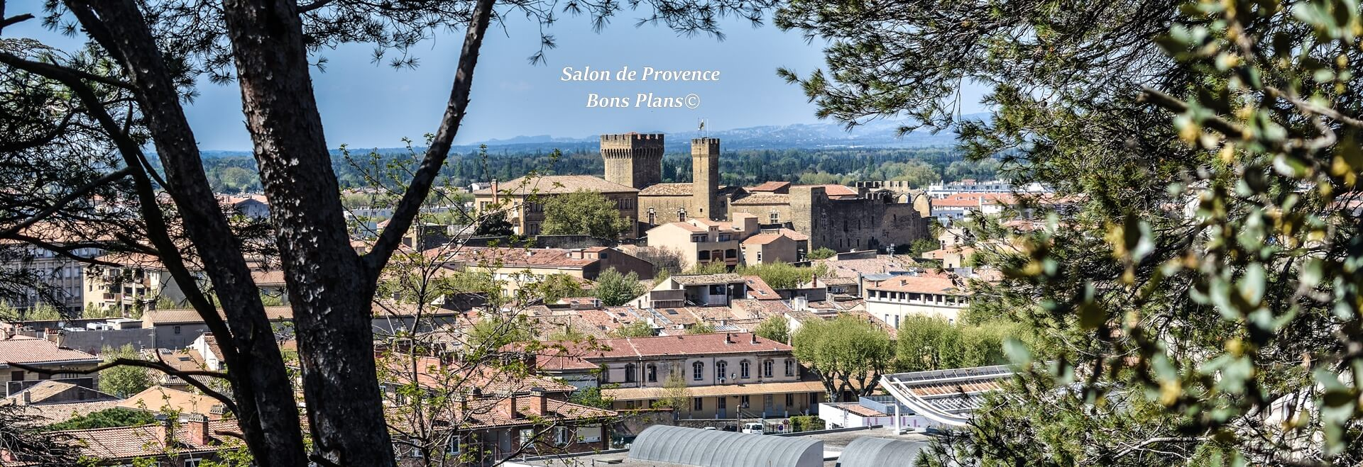 Salon de provence bons plans for Bibliotheque salon de provence