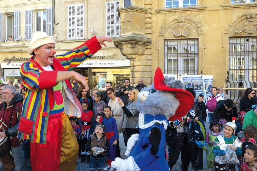Le carnaval salon de provence samedi 5 mars 2016 - Le salon des gourmets salon de provence ...