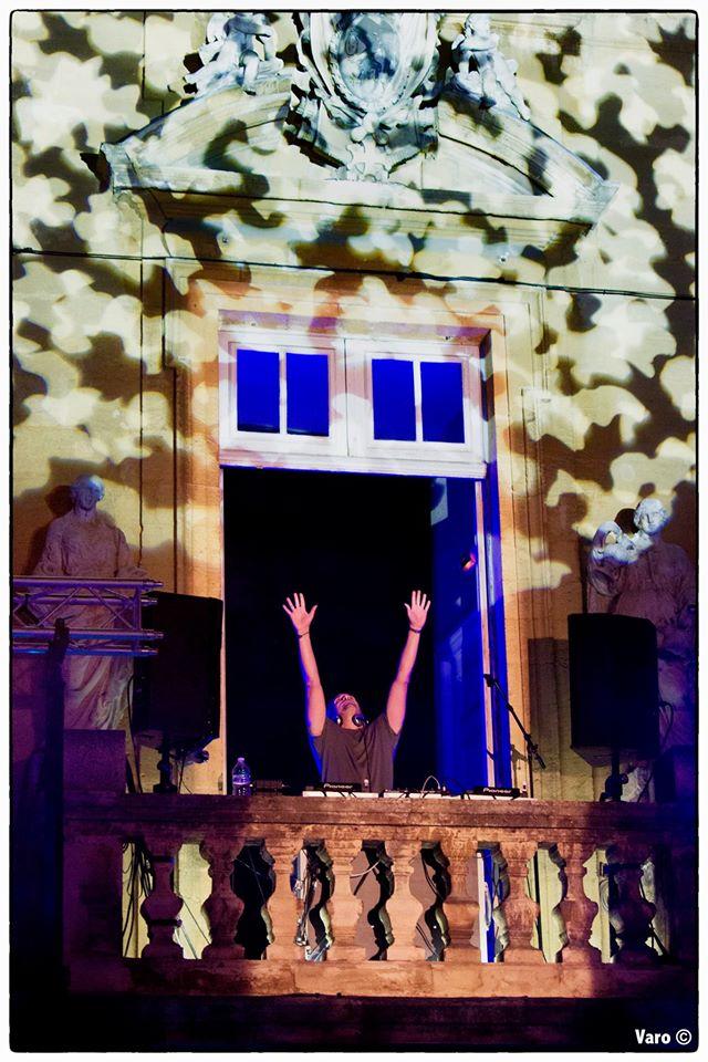 Retour en image du son au balcon salon de provence for Isnard salon de provence