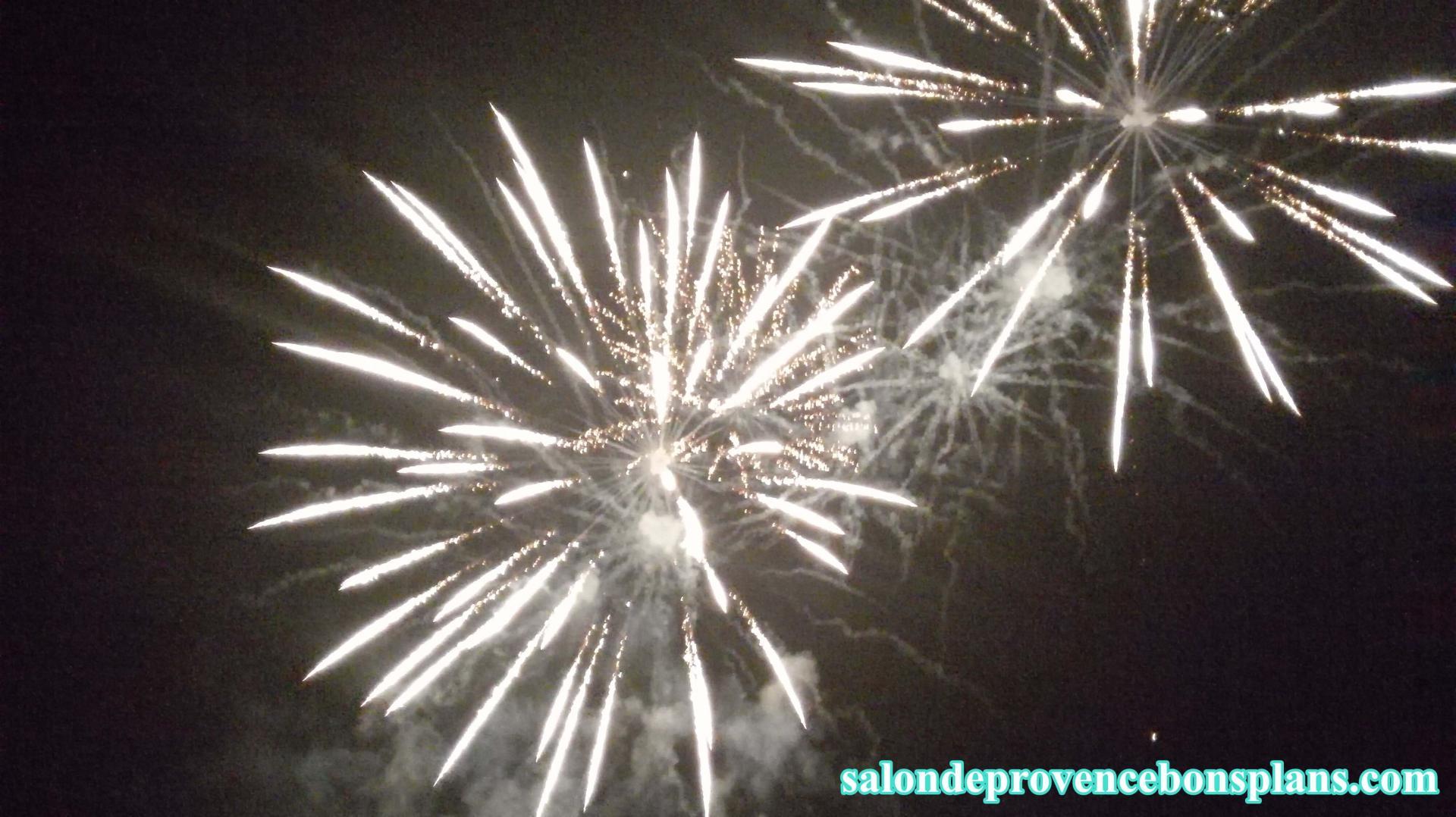 feu d 39 artifice miramas 2015
