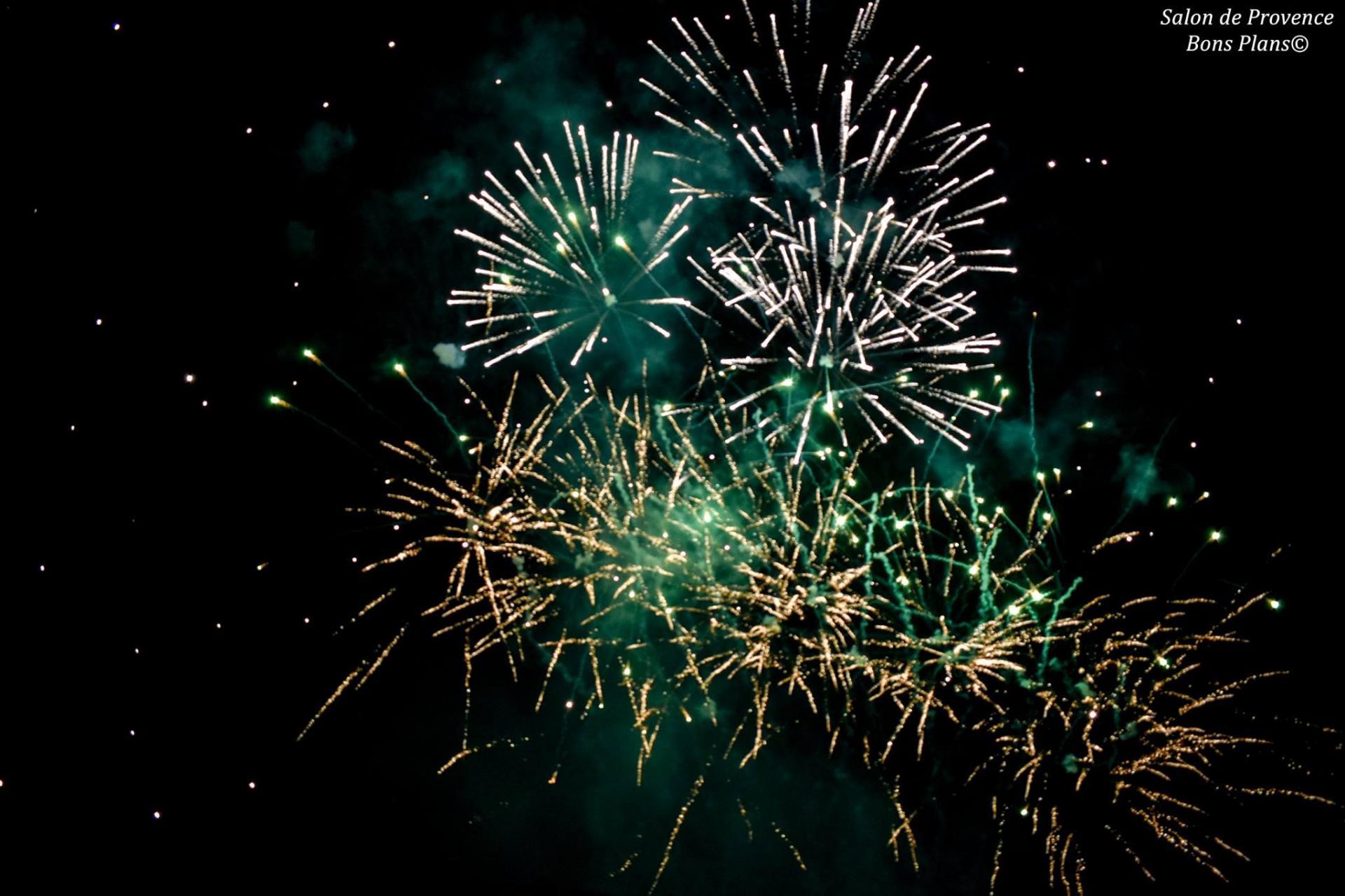 14 juillet feu d 39 artifice salon de provence