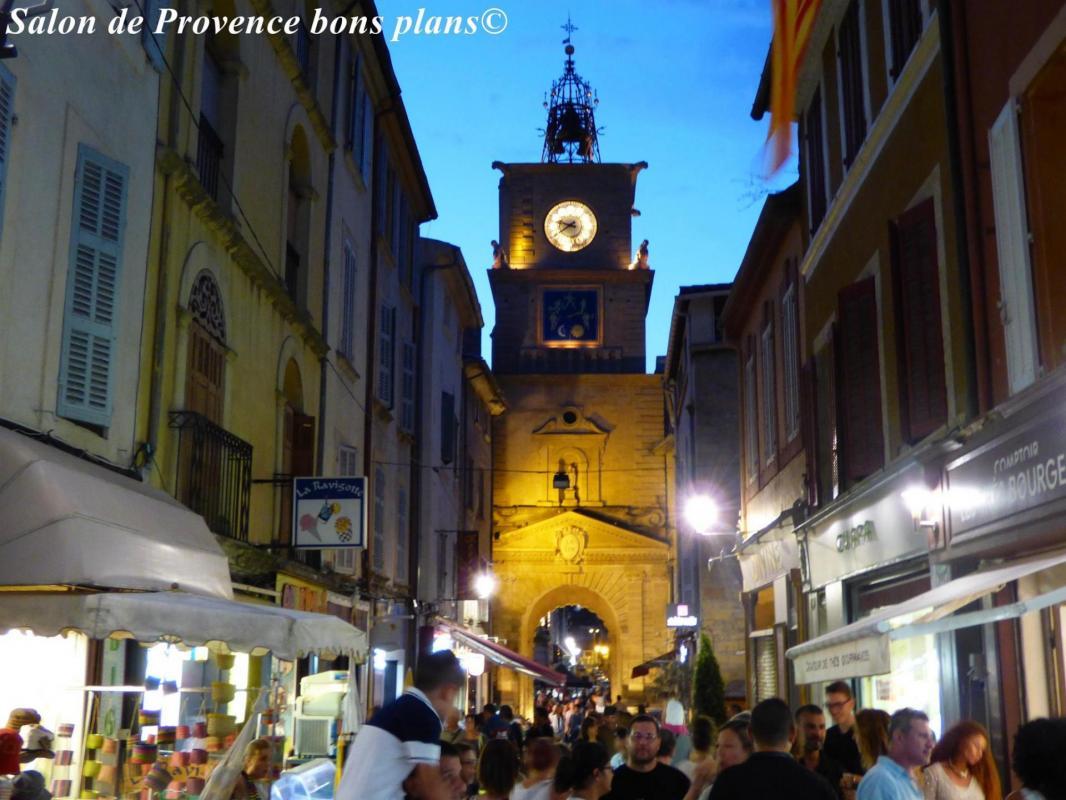 Marche nocturne salon de provence