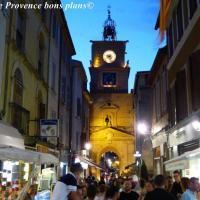 Marche nocturne salon de provence 4