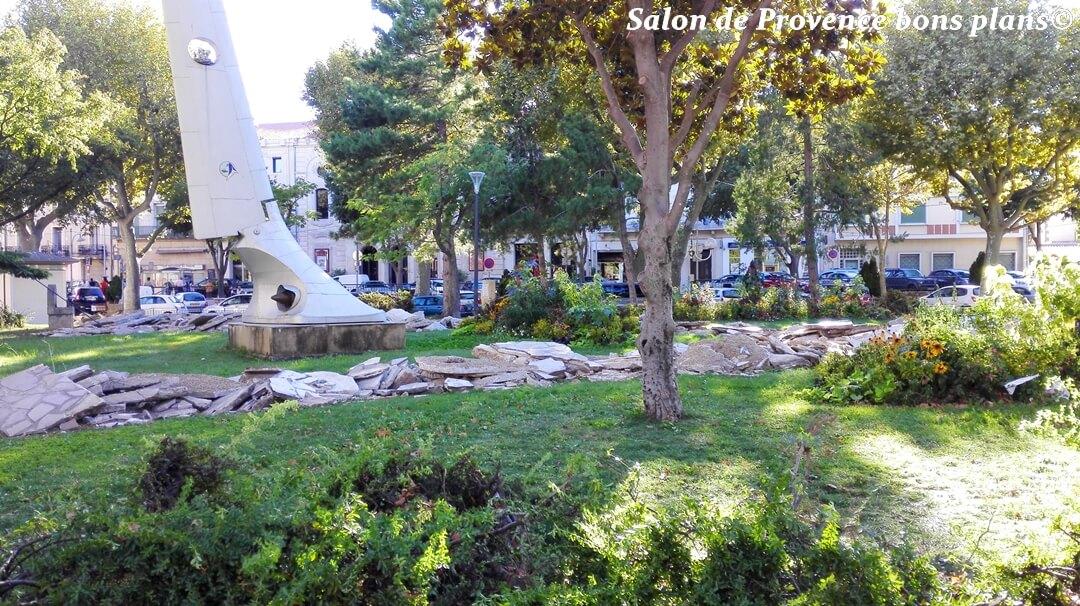 Les travaux du parc charles de gaulle salon de provence - Le salon des gourmets salon de provence ...