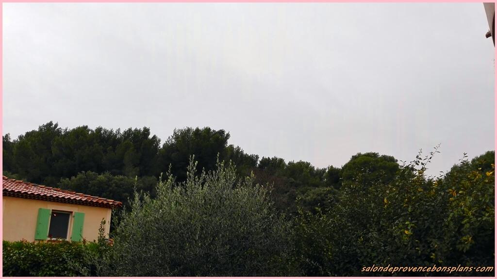 Pluie salon de provence