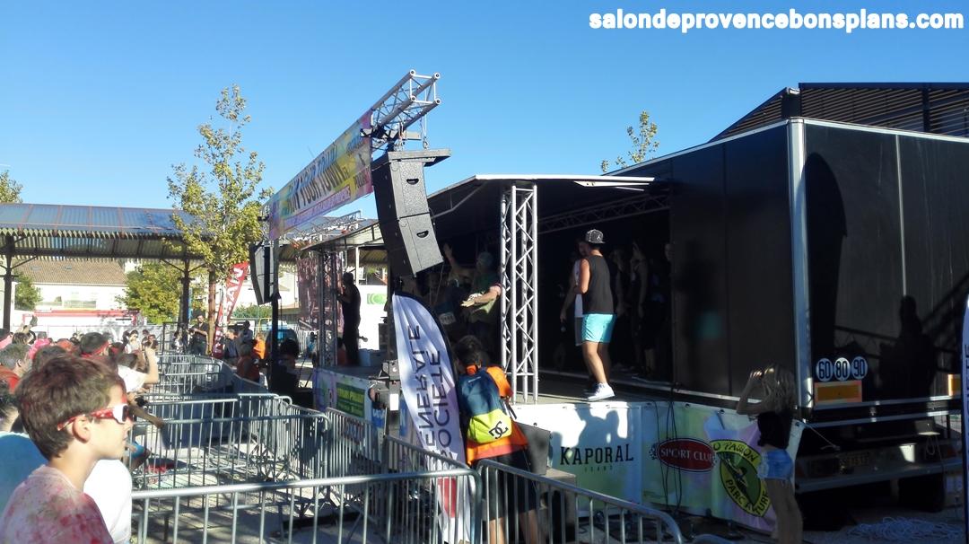 Run your town salon de provence photos et vid os for Incendie salon de provence