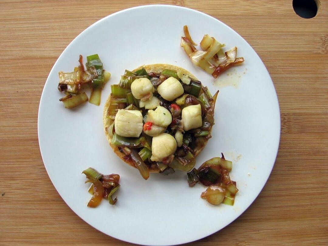 Tartines aux noix de saint jacques