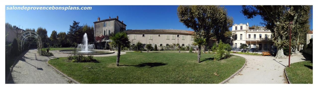 parc-de-la-légion-d'honneur-salon-de-provence (3)